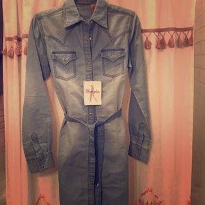 Wrangler Long Sleeve Denim button up dress